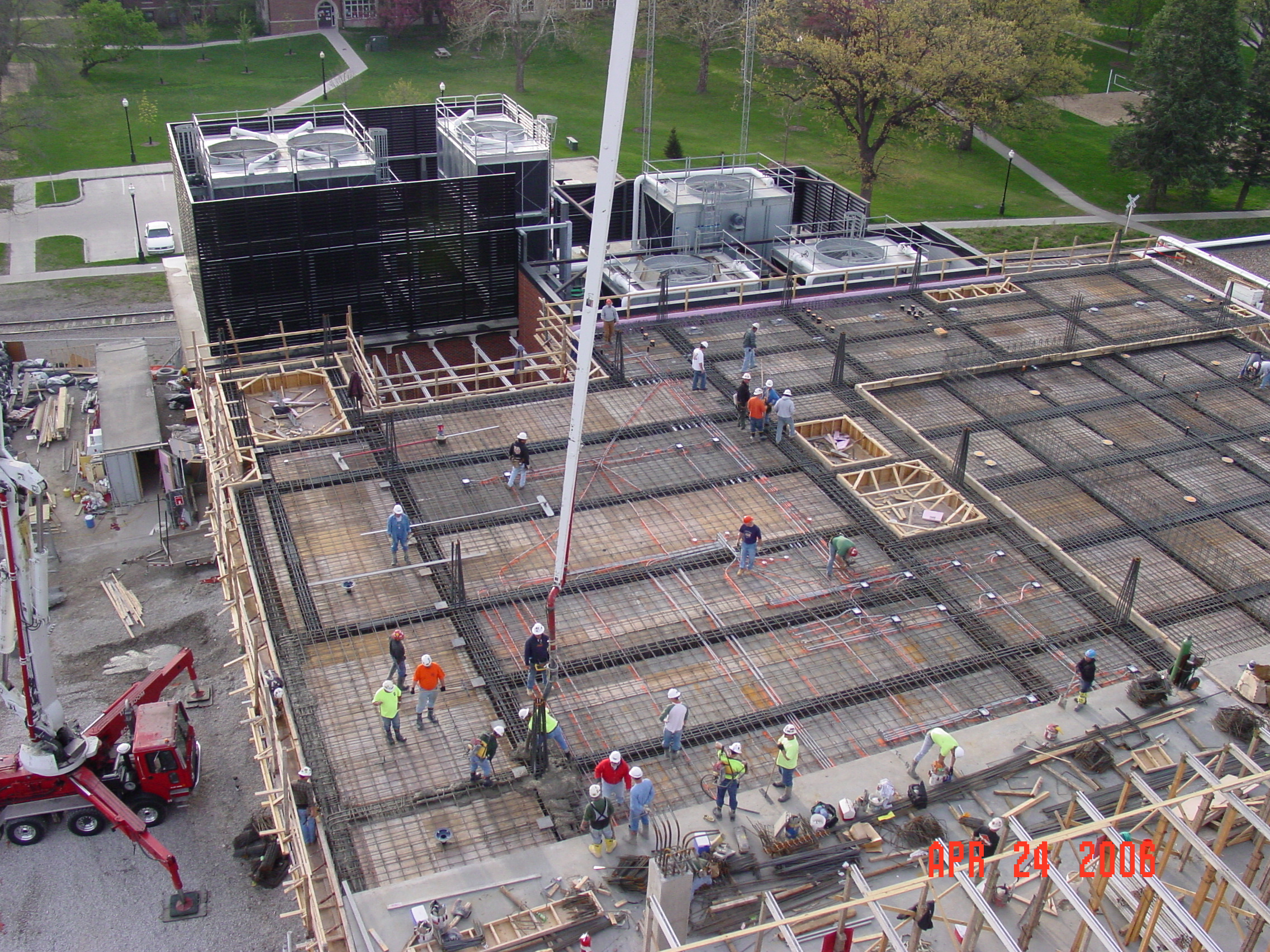 Concrete pour for What temperature to pour concrete outside